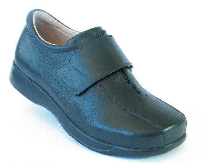 Calçados - Titanus